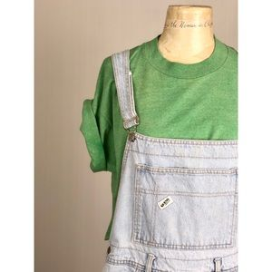 ✅VTG 1990s Guess light wash denim overalls